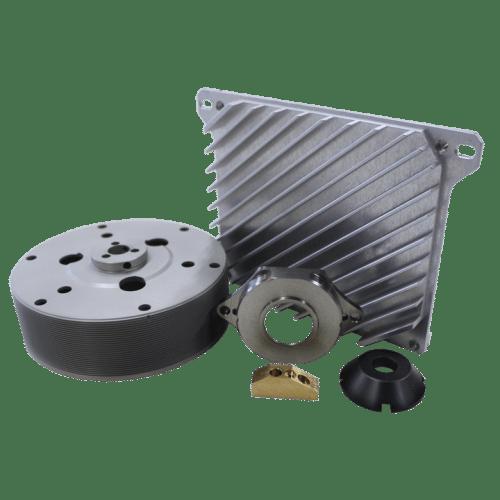 Imagem exibindo várias amostras de produtos fabricados pela empresa de usinagem de precisão IMPA – Parte do Grupo Prodim