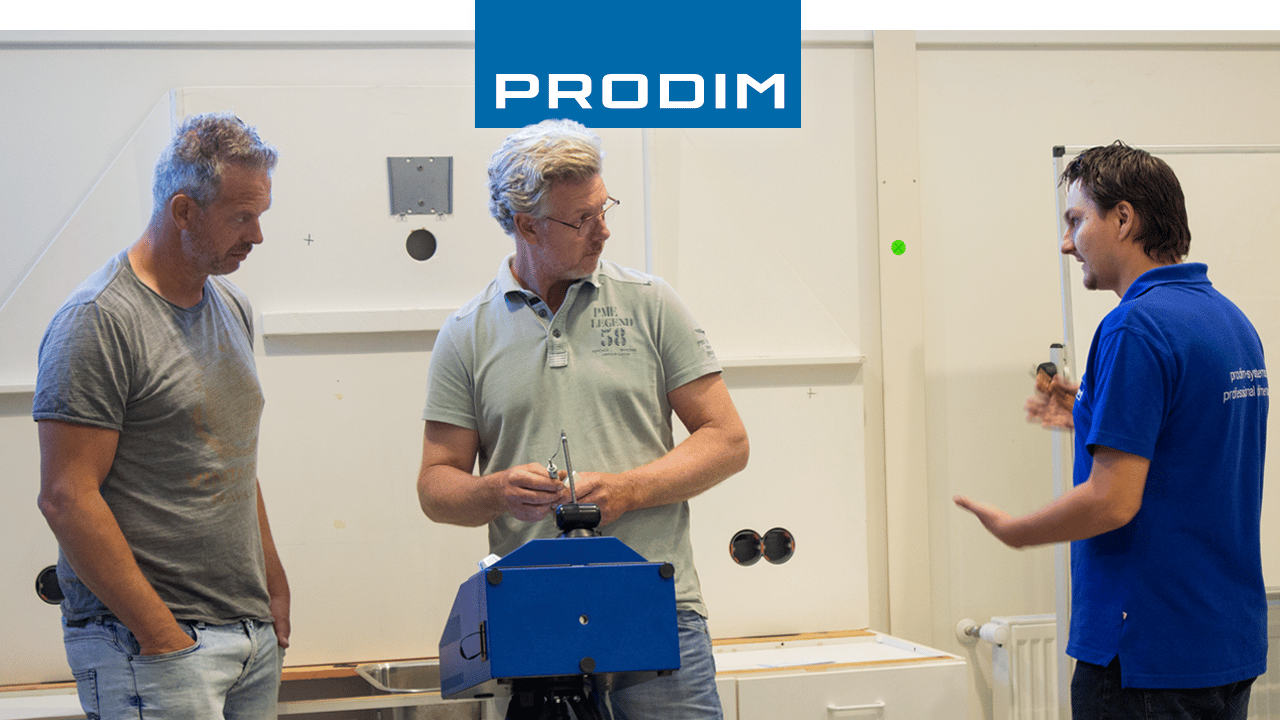 Prodim-Proliner-users-Ronnox-and-Warby-Metal-Wood-Design